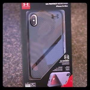 Under Armour XS Max case